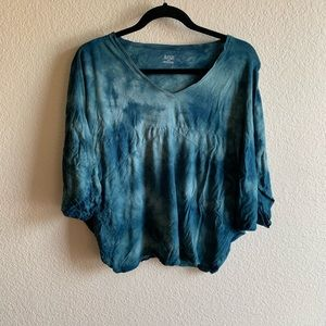 🍁 ANA: Blue Tie Dye Cotton Top